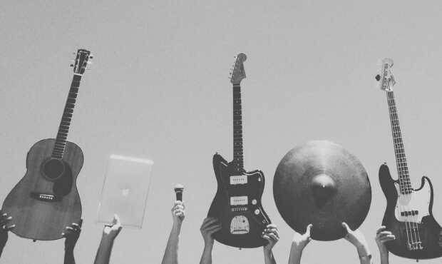 ดนตรีคือเสียงแห่งความสุข